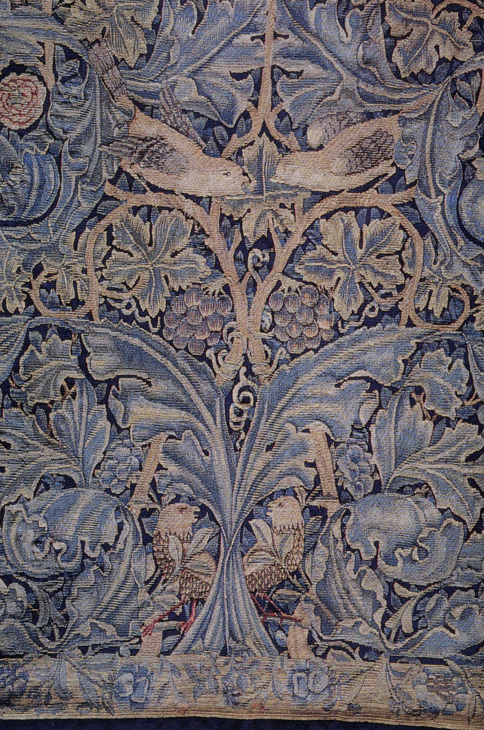 a short biography of william morris a british textile designer William morris (24 march 1834 – 3 october 1896) was an english textile designer, artist, writer, and socialist associated with the pre-raphaelite brotherhood and the english arts and crafts.