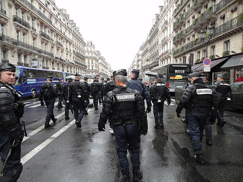 paris cops 13O
